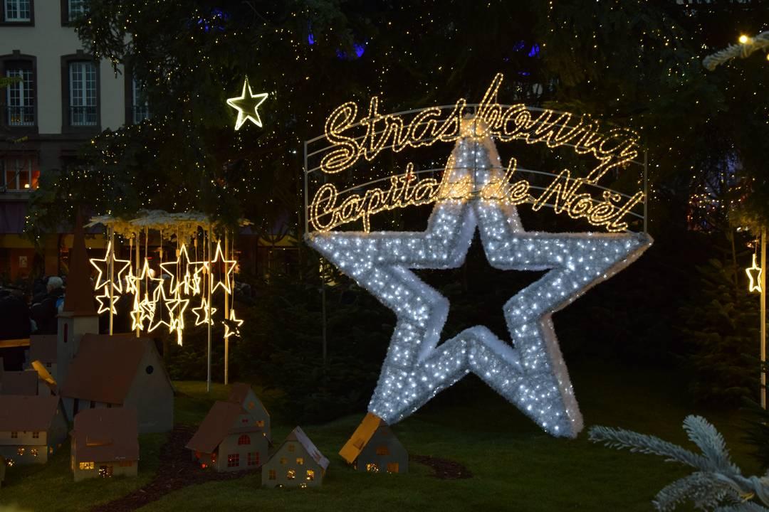 La Magie de Noël à Strasbourg | Jupette & Salopette