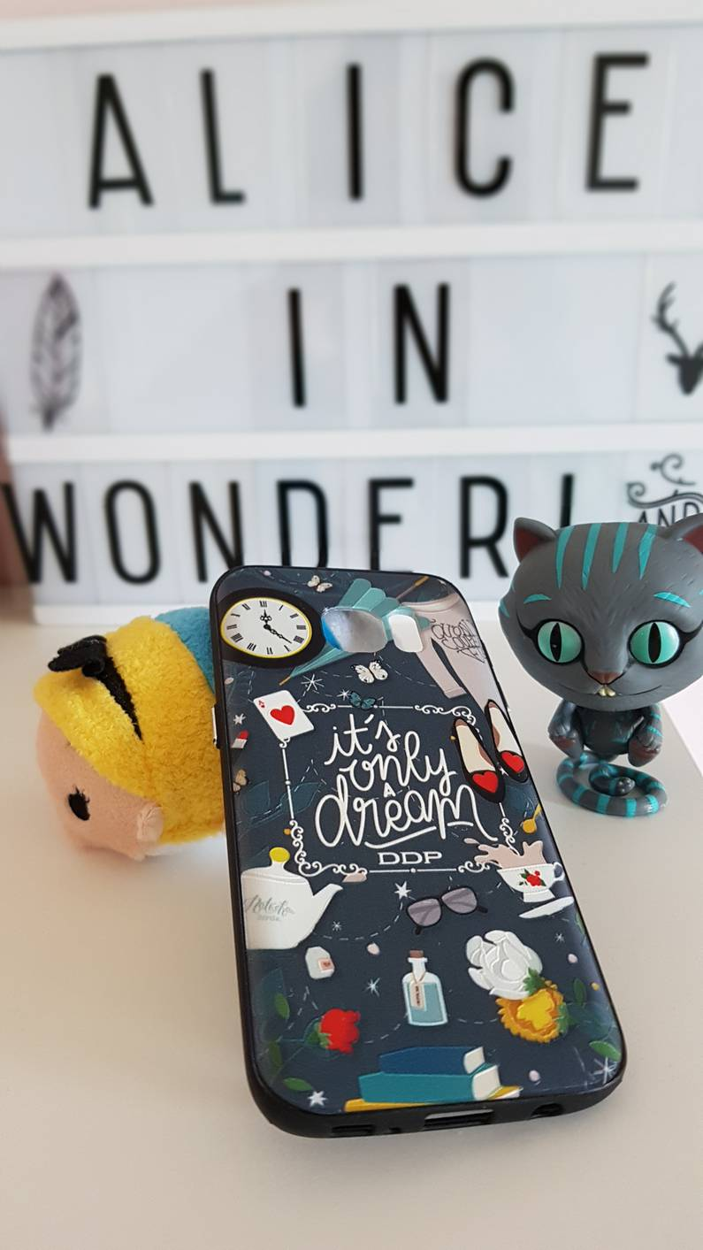 Coque Alice in Wonderland | Jupette & Salopette