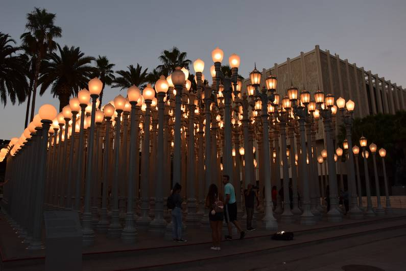 Musée LACMA - Urban Light, Chris Burden | Jupette & Salopette