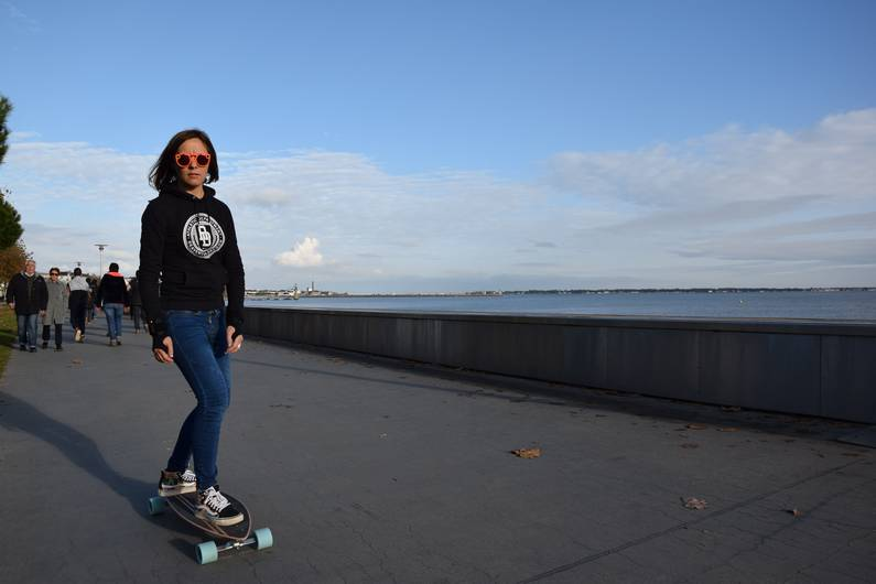 Skateboard remblai de Saint-Nazaire | Jupette & Salopette