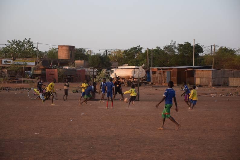 Ouagadougou au Burkina Faso | Jupette & Salopette
