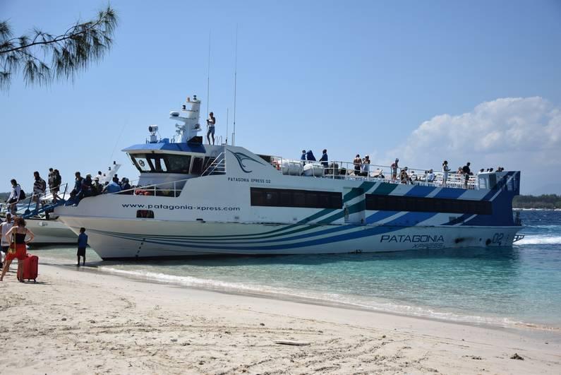 Bateau Patagonia Xpress pour îles Gili Bali | Jupette & Salopette