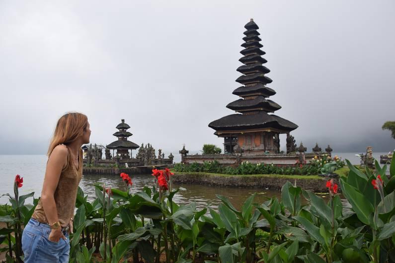 Temple Ulun Danu Beratan à Bali | Jupette & Salopette