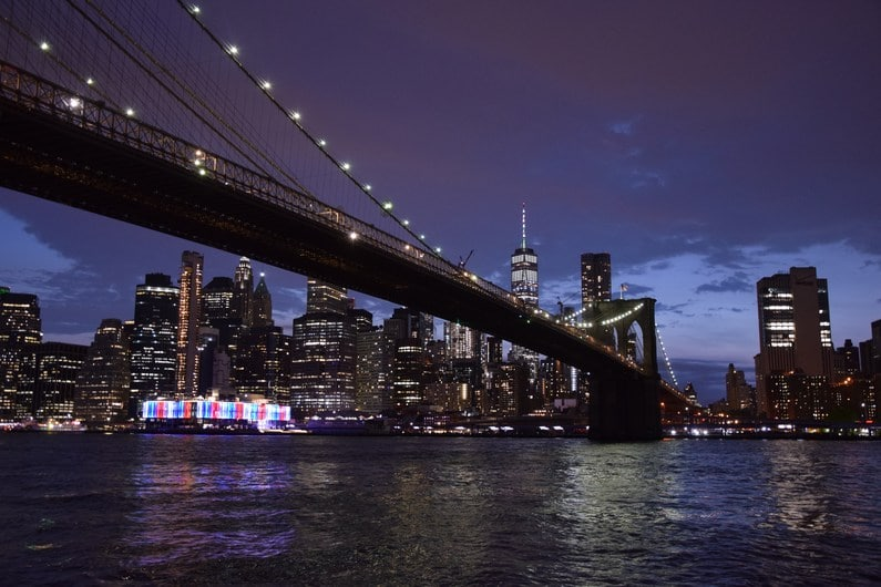 Brooklyn Bridge by night | Jupette & Salopette