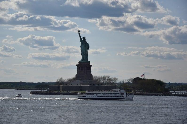 Staten Island ferry gratuit pour Statue Liberté | Jupette & Salopette