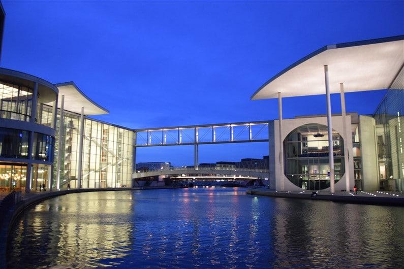 Palais du Reichstag Berlin | Jupette & Salopette