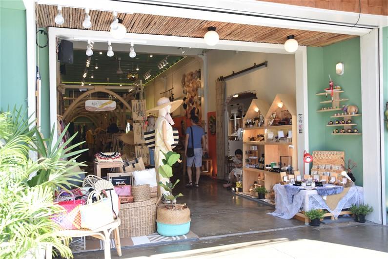 Thalang Road | Jupette & Salopette