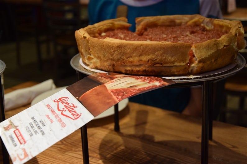 Pizza deep-fish Giordano's Chicago | Jupette & Salopette