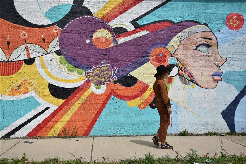 Street Art Pilsen | Jupette & Salopette