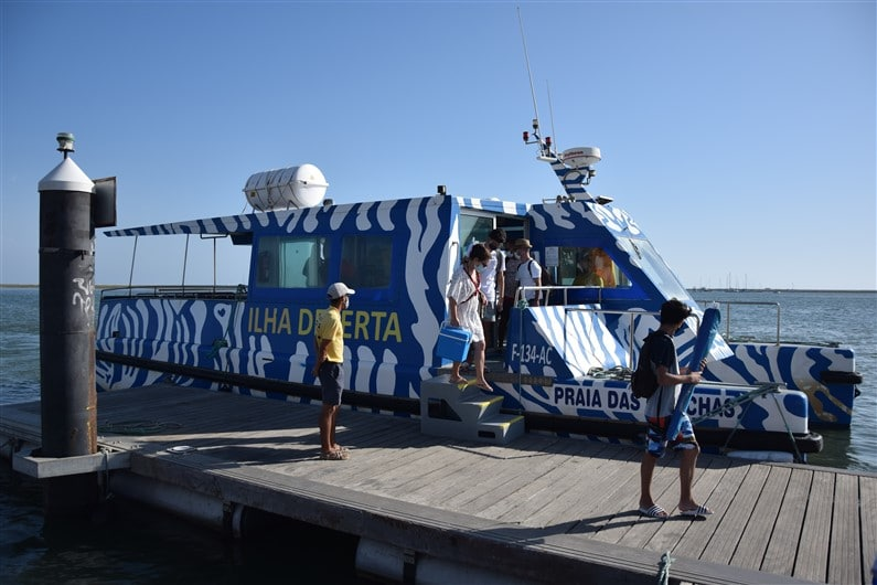 Ferry pour ilha deserta | Jupette & Salopette