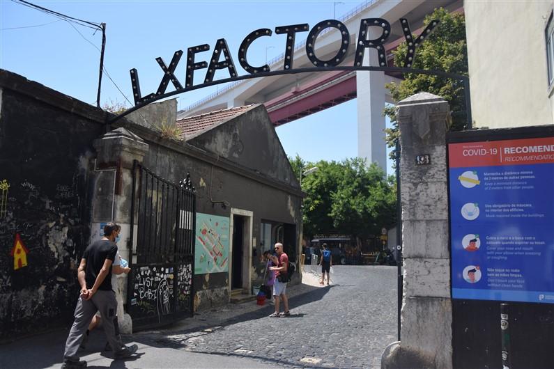 LX Factory | Jupette & Salopette