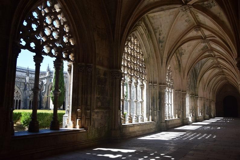 Monastère Santa Maria da Vitoria | Jupette & Salopette