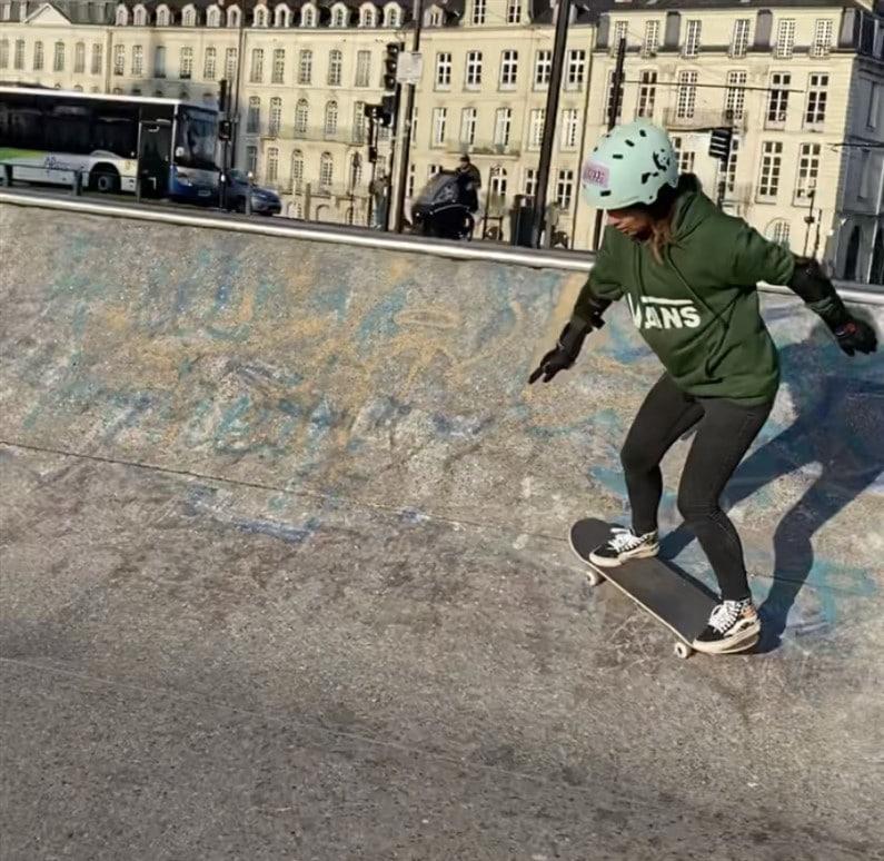 Entrainement skate | Jupette & Salopette